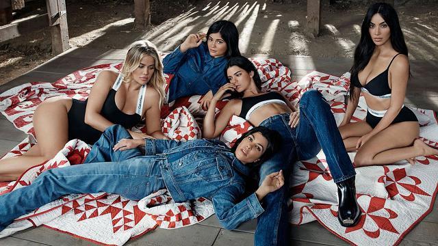 #MyCalvins, le sorelle Kardashian-Jenner nella nuova campagna di Calvin Klein
