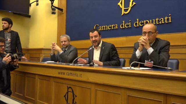 Elezioni, Salvini contro Berlusconi: ''Tetto del 3% del rapporto deficit/pil per noi non esiste''