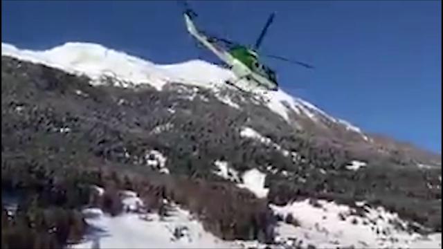 Alto Adige, elicotteri in volo per evacuare i turisti in Val Venosta