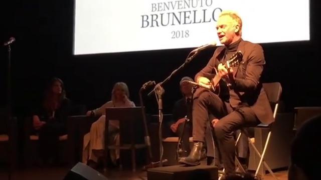 Montalcino, l'acuto di Sting per il Brunello: Message in a Bottle emoziona