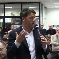 """Elezioni, Renzi: """"I sondaggi sbagliano, vinciamo noi. Abbiamo pure fatto diventare Casini comunista"""""""
