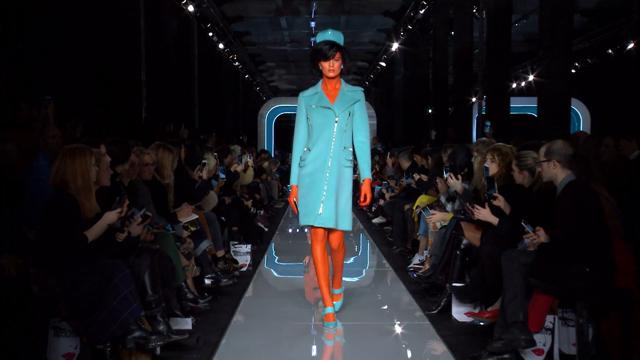 Moschino: le first lady aliene