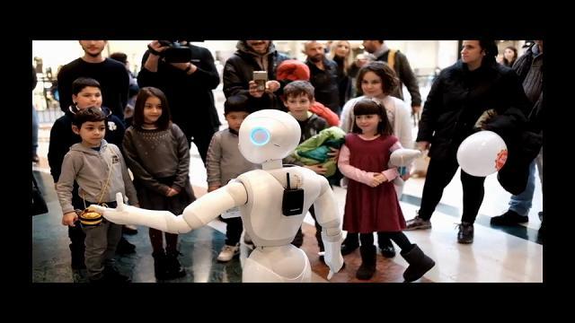 Al Leone arriva il venditore robot Pepper