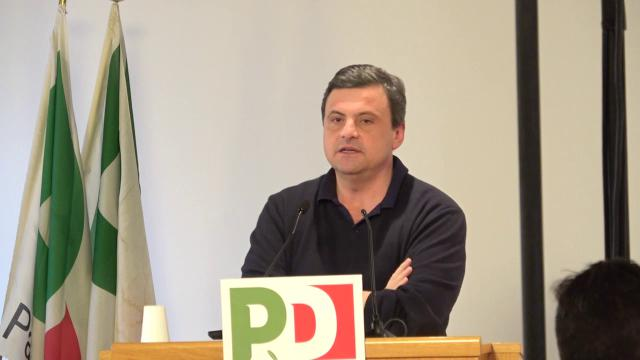 """Pd, Calenda: """"Da matti dire Di Maio inadatto perché steward. La democrazia non è colloquio di lavoro"""""""