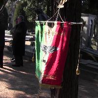 Milano, parata fascista al Cimitero Monumentale con elogio di Mussolini e saluto romano