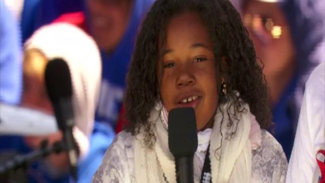 """Washington, la nipote di Martin Luther King a 9 anni sul palco della marcia: """"Ho un sogno: un mondo senza armi"""""""