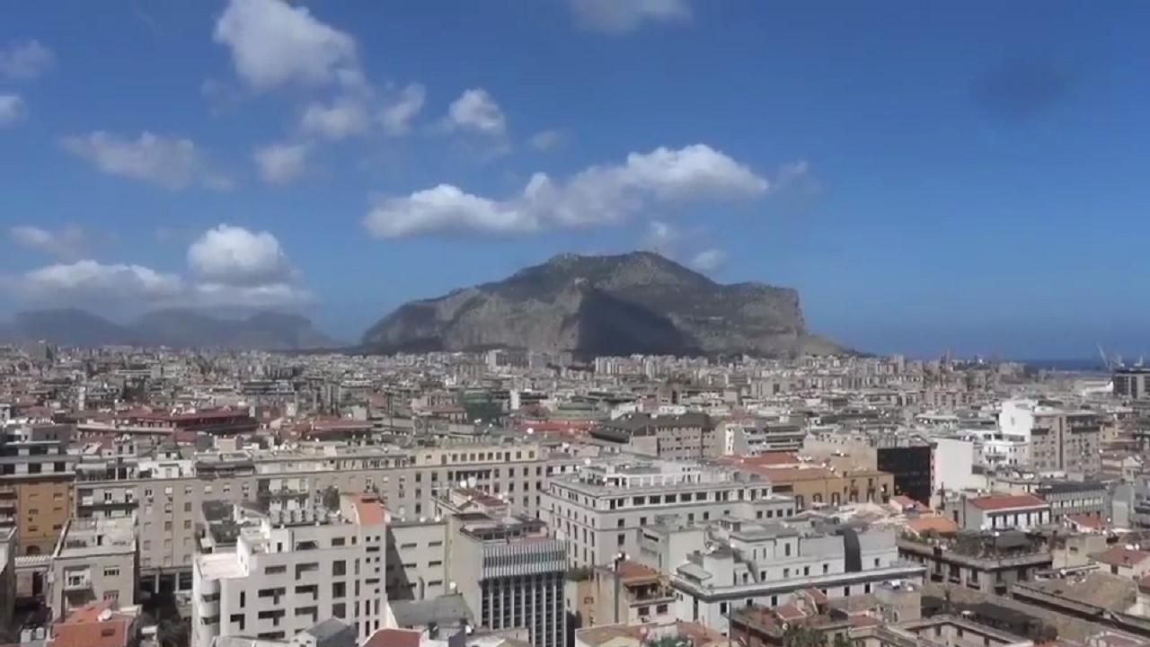 Palermo vista dalla terrazza del Teatro Massimo - Repubblica Tv - la ...