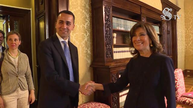 Consultazioni, Di Maio a Casellati: ''Possiamo darci del tu? Con Grasso sempre del lei''