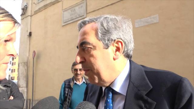 """Governo, Gasparri: """"Veto Di Maio su Berlusconi è caz..ta. Se chiude il forno mangeremo i cracker"""""""