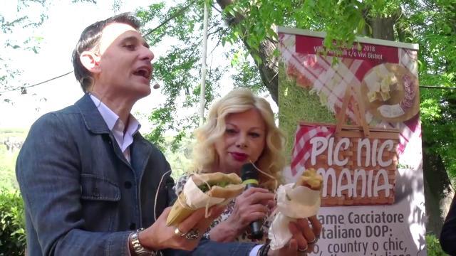 A Roma è picnic mania, chic o tradizionale ecco il pasto all'aria aperta