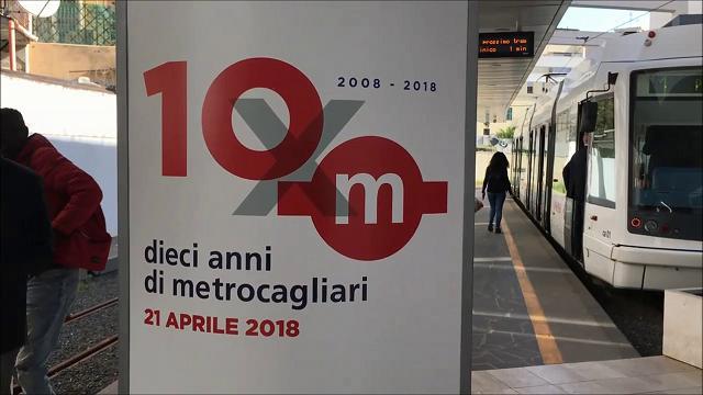 Metro di Cagliari, tre nuovi treni per festeggiare i primi 10 anni