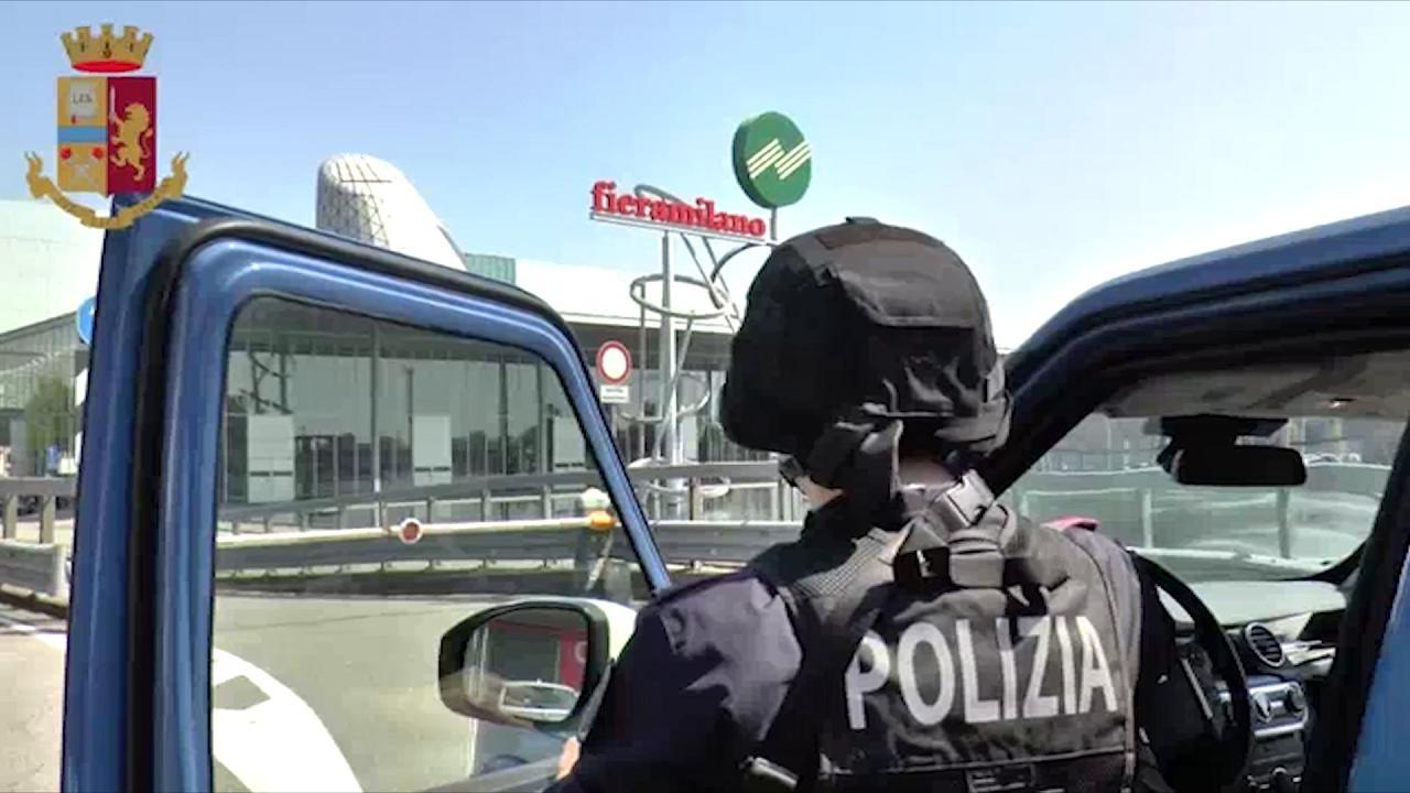 Milano 37 arresti dall 39 inizio del salone del mobile i for Salone del mobile palermo