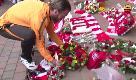 Champions, l'omaggio della Roma alle vittime di Hillsborough prima della sfida con il Liverpool
