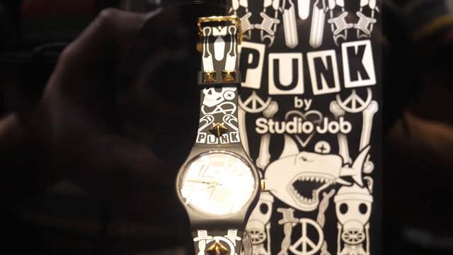 Salone del Mobile 2018: lo Swatch punk di Studio Job