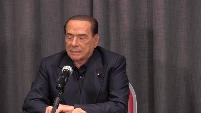Governo, Berlusconi: ''Se Pd si accoppia con M5s segnerà la sua scomparsa''