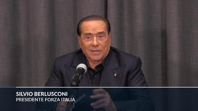 Berlusconi: ''Non smanio dalla voglia di vedere il film di Sorrentino''