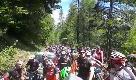 Giro d'Italia, ciclisti-tifosi bloccati dal prefetto a 2mila metri: