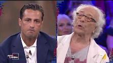 Scontro Corona-Mughini in diretta tv: ''Ti compro e ti metto in giardino a scrivere libri''