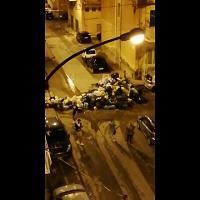 Singolare protesta di alcuni cittadini di Porto Empedocle.