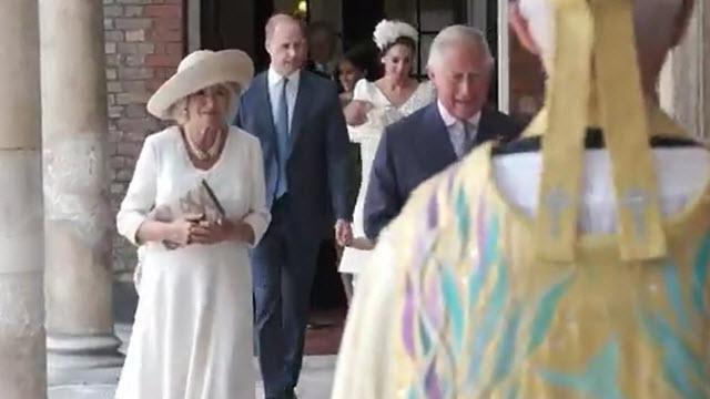 Il battesimo del principe Louis, la famiglia reale arriva a St James's Palace