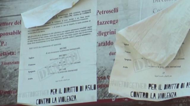 """Roma, in piazza Vittorio dopo il volantino anti-immigrati, i residenti: """"Sono un valore aggiunto"""""""