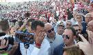 Bari calcio, il sindaco Antonio Decaro si commuove con il coro di 4mila tifosi
