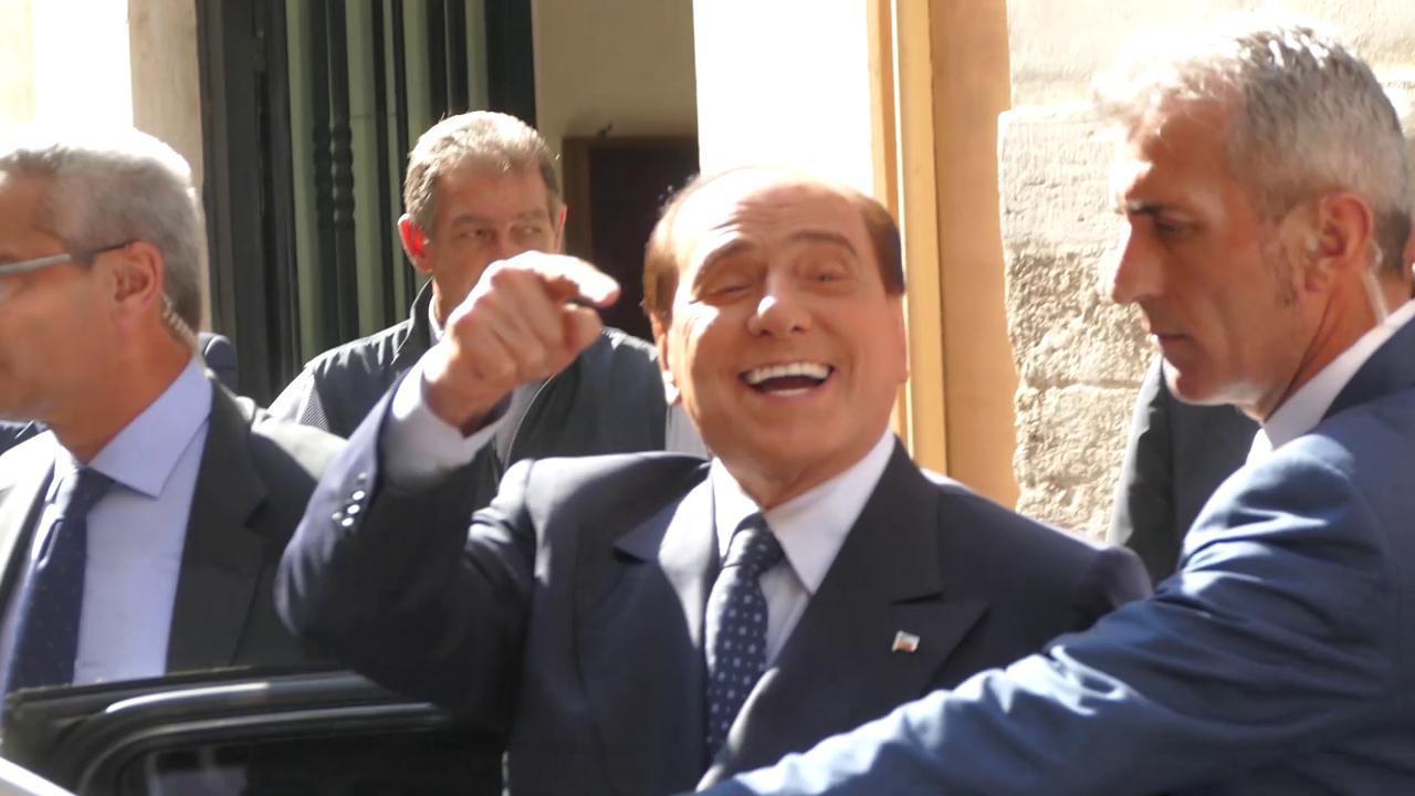 Forza italia berlusconi incontra i parlamentari cattaneo for Parlamentari forza italia
