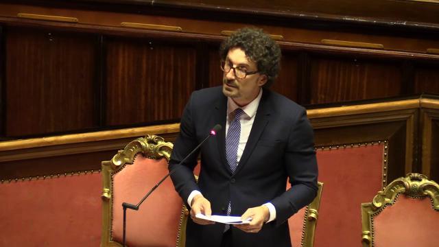 """Bologna, Toninelli: """"Cinque mesi per ricostruire autostrada, si cerca di velocizzare"""""""