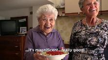 Gran Bretagna, le nonne italiane star della cucina su YouTube