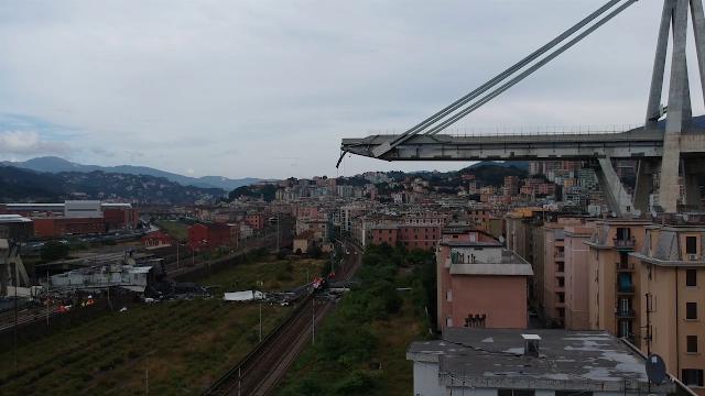 Genova, crollo ponte Morandi: le prime telefonate al 112 per segnalare il disastro