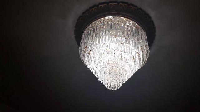 Terremoto in Molise: quei lampadari testimoni della scossa