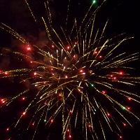 Lo spettacolo dei fuochi d'artificio a Platamona
