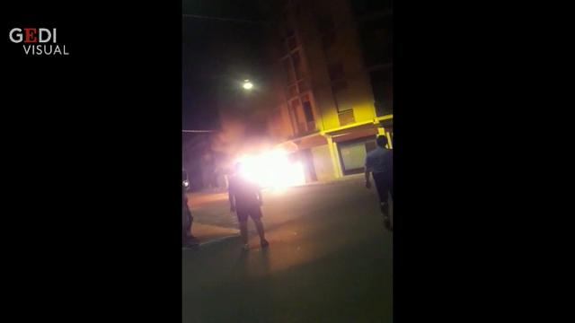 Sconcerto a Castelfranco per il raid incendiario: le immagini