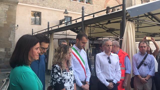Parma con Genova: in piazza Garibaldi un minuto di silenzio per le vittime