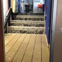 San Giovanni Rotondo, la pioggia allaga l'ospedale di Padre Pio: le scale come cascate