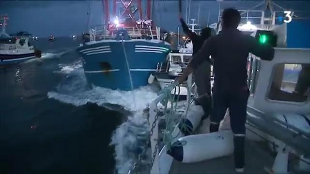 Battaglia tra pescatori inglesi e francesi nella Manica