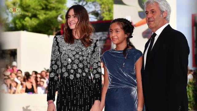 Sophie Taricone, prima volta sul red carpet di Venezia con la mamma (e attrice) Kasia Smutniak