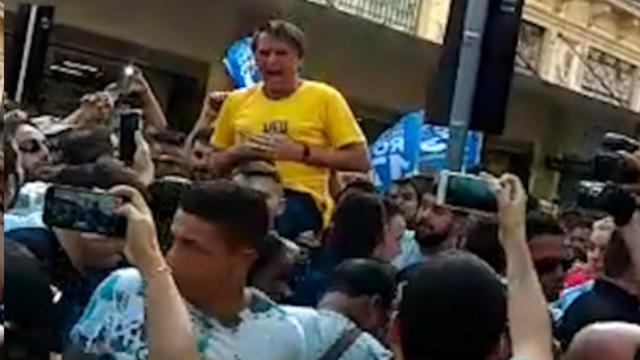 Brasile, accoltellato Bolsonaro, favorito alle presidenziali di ottobre