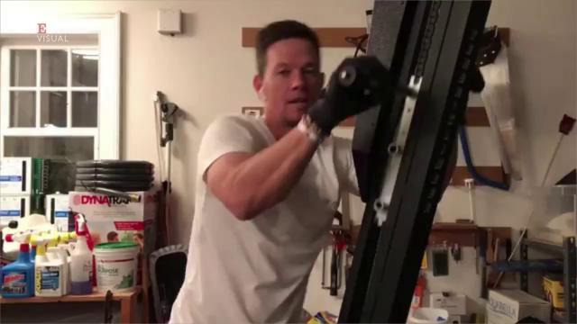 quanto è grande Mark Wahlberg pene maturo porno mp4