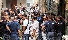 """Quartieri Spagnoli, esplosione in un appartemento. I vicini: """"Gli hanno notificato lo sfratto, poi la tragedia"""""""