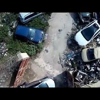 """Palermo, il """"cimitero"""" abusivo delle auto ripreso col drone"""