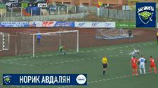 Russia, calcio di rigore alla Holly e Benji: l'acrobazia è sul dischetto