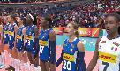 Volley femminile, le azzurre cantano l'inno: emozione in campo e sugli spalti