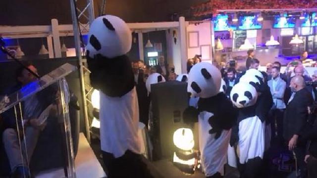 Padova, festa al Geox con i Panda per lanciare il festival delle lanterne cinesi