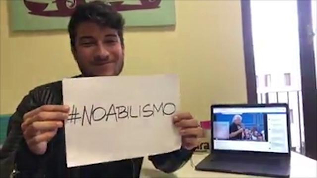 Ragazzo con sindrome di Asperger risponde a Grillo: ''C'è un'Italia migliore del tuo umorismo''