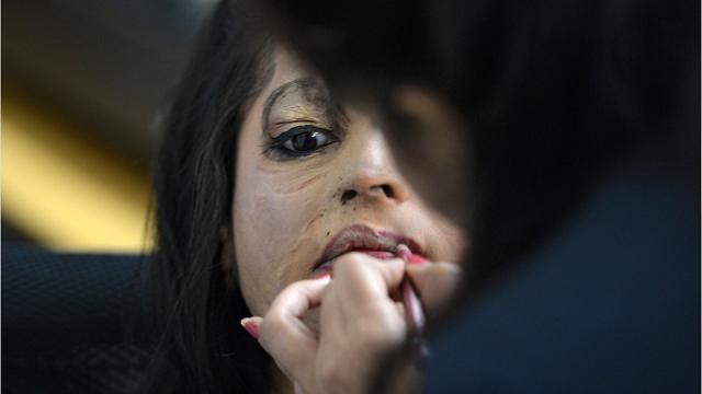 Il make up che resiste agli attacchi con l'acido: l'idea di una dottoressa inglese