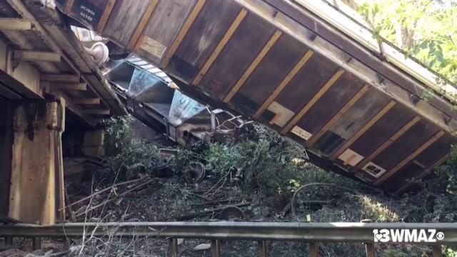 Georgia (Usa), deraglia treno con vagoni di gas propano: evacuata la cittadina di Byromville