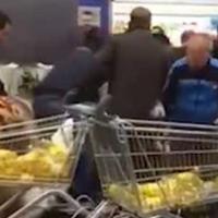 Olio in offerta, ressa in supermercato a Palermo: urla e spintoni per le bottiglie
