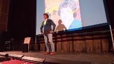 Alberto Angela a Napoli, folla e applausi per il suo libro su Cleopatra