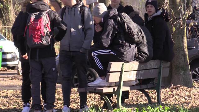 """Pavia, spray al peperoncino a scuola. I ragazzi: """"Qualche scemo voleva imitare Ancona"""""""